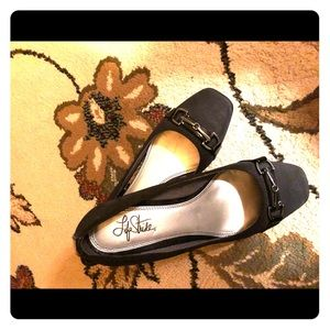 Comfy work shoes by LifeStride size 9
